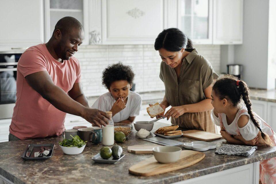 Οι γονεϊκές πρακτικές σίτισης επηρεάζουν την εμφάνιση παιδικής παχυσαρκίας