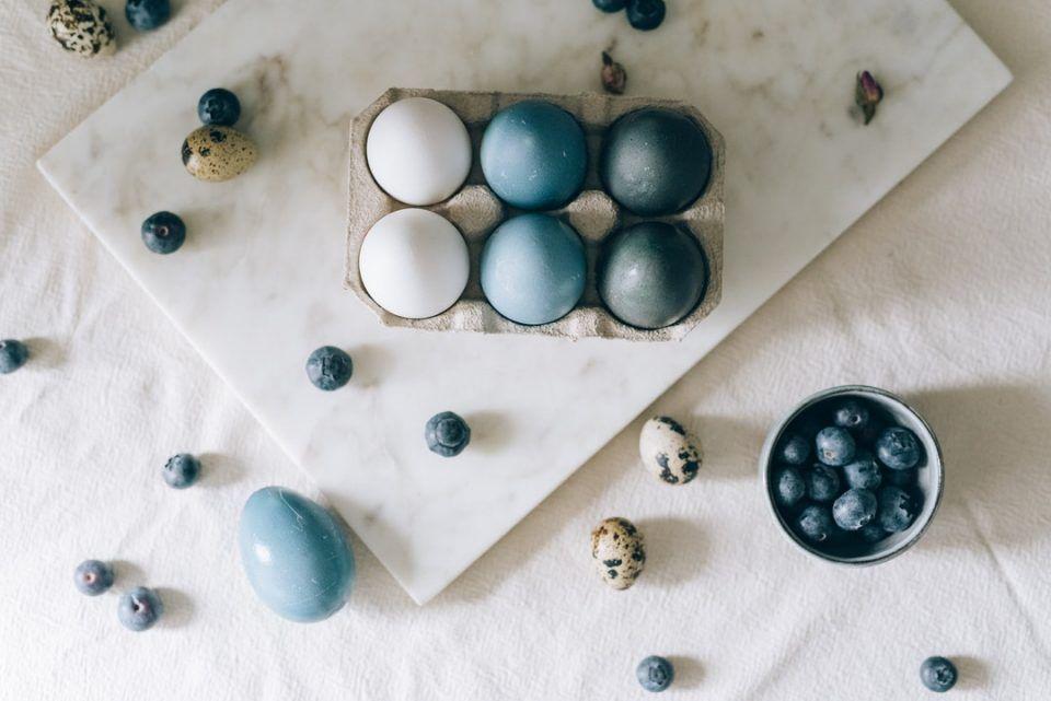 Πως να βάψετε τα αυγά σας με φυσικό τρόπο