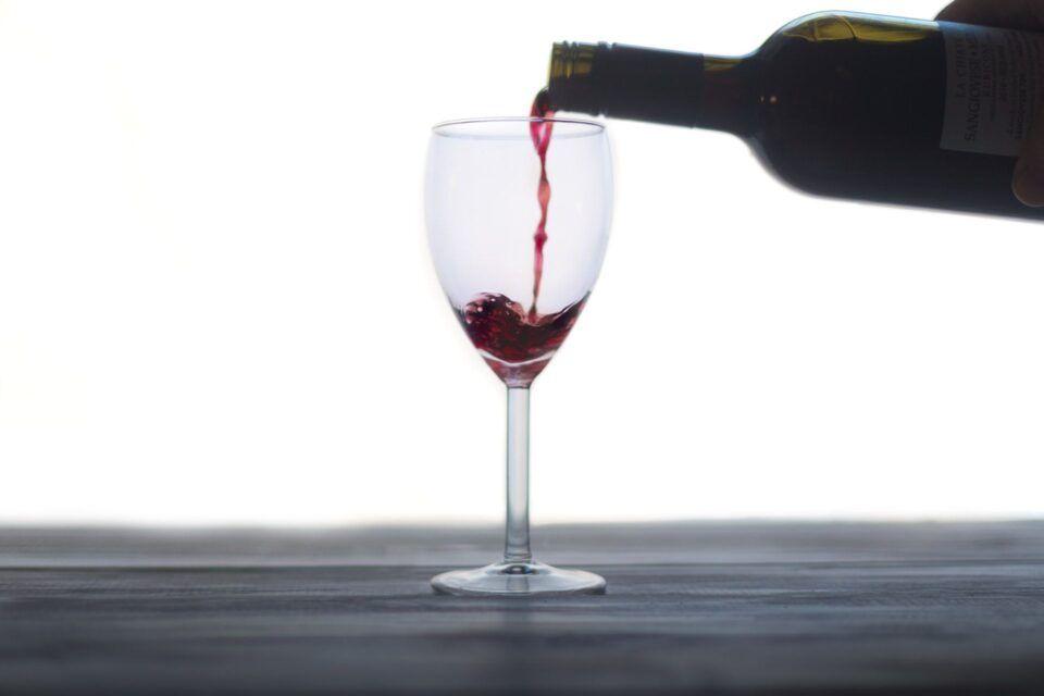 Κόκκινο κρασί για καλύτερο ύπνο