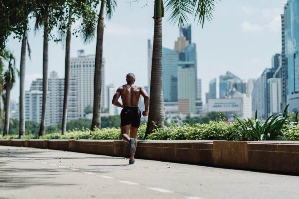 Τρέξιμο ή ποδήλατο; Ποιο είναι καλύτερο για άμεση καύση λίπους